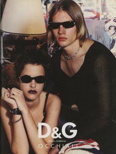 90s Fashion, High Fashion, Dark Fashion, Womens Fashion, Hipster Looks, Campaign Fashion, Fashion Advertising, Aesthetic Vintage, Aesthetic Pictures
