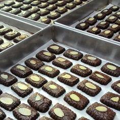 Peanut Cookies, Crispy Cookies, Cheese Cookies, Biscuit Cookies, Brownie Cookies, Cake Cookies, Chocolate Cookie Recipes, Easy Cookie Recipes, Chocolate Peanut Butter