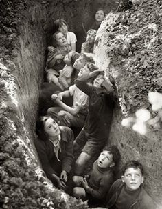 """England, """"Battle of Britain. Children in an English bomb shelter."""" British Information Service/U. Office of War Information ~ my house will have a bomb shelter Old Pictures, Old Photos, Historia Universal, Bomb Shelter, The Blitz, Battle Of Britain, Britain Uk, Interesting History, British History"""