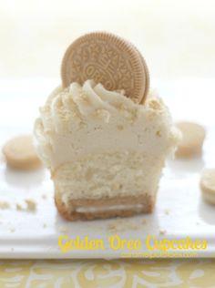 Golden Oreo Cupcakes {Doing It For Duncan}  September is Childhood Cancer Awareness! #GoGold