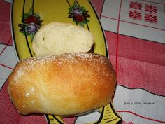 Este pan no lleva levadura de panadero, la fermentación la produce el kefir.    Ingredientes  400 gr. de harina 100 gr. de leche kefirada (y...
