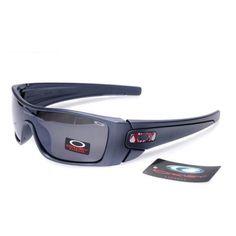 Oakley Sunglasses Oakley Glasses Oakley U-D Cheap Ray Ban Sunglasses, Sports Sunglasses, Sunglasses Sale, Sunglasses Online, Fashion Brand, New Fashion, Oakley Glasses, Summer Outfits, Casual Outfits