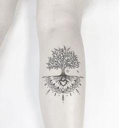 tatuajes que representen la vida arbol pequeño