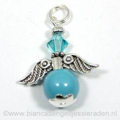 Hangertje Beschermengeltje Crystal Turquoise Turquoise http://www.biancasengeltjessieraden.nl/c-2017591/beschermengeltjes-hangertjes/