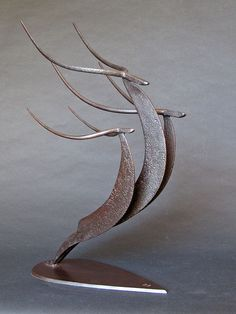 "Fantastic ""metal tree art wall"" detail is offered on our internet site. Check it out and you will not be sorry you did. Metal Art Sculpture, Steel Sculpture, Abstract Sculpture, Sculpture Ideas, Bronze Sculpture, Metal Tree Wall Art, Scrap Metal Art, Metal Art Projects, Metal Crafts"