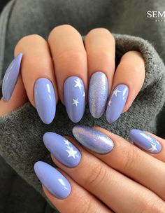 Oval nail art design is one of the most classic nail shapes. Oval nails are suitable for any occasion. They are the most suitable nail shapes for everyday life. Today, I have collected 33 o Best Nail Art Designs, Nail Designs Spring, Nail Polish, Gel Nails, Coffin Nails, Oval Nail Art, Feather Nails, Dream Nails, Cute Acrylic Nails