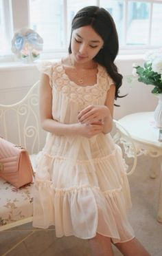 Elegant Stereoscopic Flowers Pleated Waist Shaping Dress Apricot
