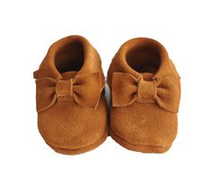 Bow Suede Baby Moccasins- Camello