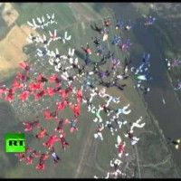 Free Falling Flower: Amazing record 88-way female formation skydiving - Plidd World