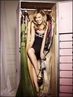 In the closet with Kylie princess minogue. Kylie Minogue, Dannii Minogue, Bo Derek, Look At You, Celebs, Celebrities, Kimono Top, Singer, Actresses