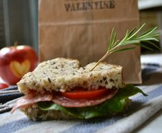 Pack a Heart Shaped Sandwich to say. Italian Sub, Sandwich Recipes, Finger Foods, Crafty, Couture, Dinner, Sewing, Cooking, Italian Sandwiches