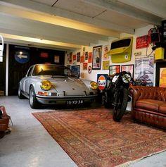 Man Cave Garage tips Man Cave Garage, Garage House, Garage Studio, Garage Workshop, Car Garage, Garage Walls, Garage Shop, Man Cave Diy, Man Cave Home Bar