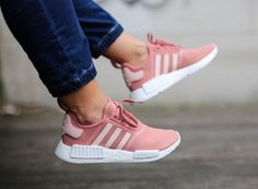 NEW WOMEN'S ADIDAS NMD R1 RUNNER RAW PINK ROSE SALMON WHITE PEACH SIZE 7 EU38.5