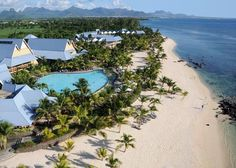 Facing the splendid sunsets, Victoria Beachcomber Resort & Spa is one of the most popular family resorts in Mauritius Villas In Mauritius, Mauritius Honeymoon, Mauritius Travel, Mauritius Island, Honeymoon Spots, Honeymoon Destinations, Mauritius Wedding, Family Resorts, Hotels And Resorts