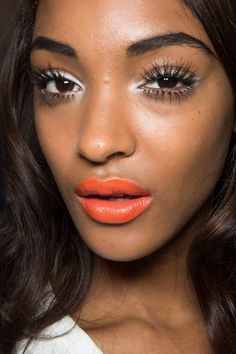 They may have been on the runway last year, but that shouldn't stop you from wearing them. A bold lip is hot, especially as we in come into the warmer months and overall it is the perfect summer sh...