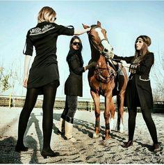 مانتو لباس زن دختر ایران تهران طراحی فشن مدرن هنر فرهنگ عکس مدل مدلینگ Iran tehran fashion women