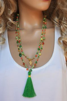 This gypsy wrap are crocheted with 3 colors nylon cord Indian glass beads chipstones evileye beads howlite glass pearls cotton tassel and charm. Fabric Jewelry, Boho Jewelry, Jewelry Crafts, Beaded Jewelry, Jewelry Necklaces, Jewelry Design, Crochet Accessories, Handmade Accessories, Handmade Jewelry