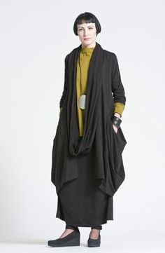 Shown w/ Odyessy Coat, Escape Skirt, and Circle Scarf