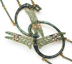 DETAIL - An Extraordinary Gold, Enamel and Gem-set Necklace by René Lalique. Paris, circa 1905.