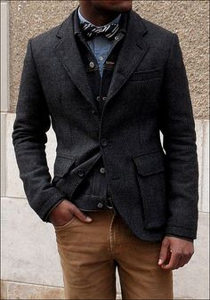 Daring enough with the sweet bow tie, but throw that jean jacket under the tweed and , WHOAH! Sharp Dressed Man, Well Dressed Men, Sports Coat And Jeans, Stylish Men, Men Casual, Mens Fall, Mens Fashion, Fashion Outfits, Gentleman Style