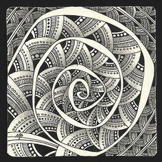 Enthusiastic Artist: Still spinning. Monotangle by Margaret Bremner, Certified Zentangle Teacher