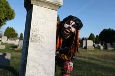 Lillabe at the Night of the Living Dead Cemetary!