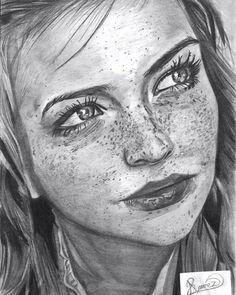 """34 Me gusta, 9 comentarios - Alejandro Ramirez (@artbyhanzel) en Instagram: """"Freckles, Pencil Draw ✏ #art #pencilart #instaart #art_realism_ #artist #followme #like4like…"""""""