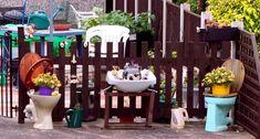 30 Fascinating Low-Budget DIY Garden Pots#diy #fascinating #garden #lowbudget #pots Aquaponics Greenhouse, Small Greenhouse, Aquaponics System, Greenhouse Plants, Aquaponics Diy, Garden Planters, Indoor Garden, Rooftop Garden, Outdoor Gardens