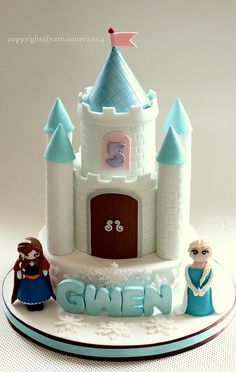 1 Frozen Castle Cake
