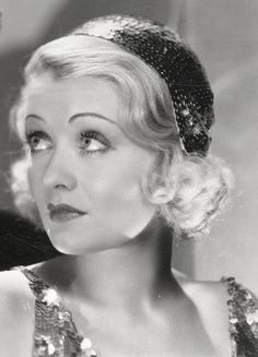 Constance Bennett - Silent movie star, then sound films, radio and stage. Old Hollywood Movies, Old Hollywood Glamour, Golden Age Of Hollywood, Vintage Hollywood, Hollywood Stars, Hollywood Actresses, Classic Hollywood, Actors & Actresses, Hollywood Icons