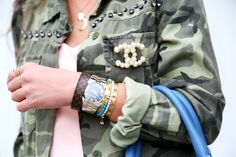 outfit-details-chanel-brooch-michael-kors-watch
