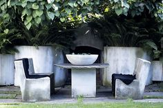 amazing concrete table & chairs, retaining wall/fire feature. annette ekjord. desire to inspire.
