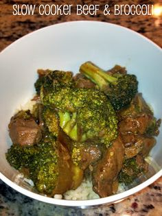Hello Newlywed Life: Cooking for Two: Slow Cooker Chinese Beef & Broccoli