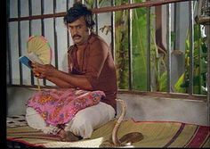 "Rajnikanth in ""Apoorva Raagangal"""