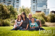 Family Photo, Downtown Denver, Outdoor, Travis J Photography, Colorado