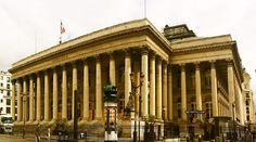 Paris Borsası adıyla bilinen ama 2000 yılından sonra Euronext Paris adını alan bir borsadır.