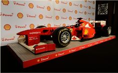 During the holding of the last Grand Prix of Formula 1 Australian, Fernando Alonso and Felipe Massa pilots unveiled a stunning Ferrari F1 entirely made of Lego blocks.Over 20,000 Lego parts were used to make this model-size Ferrari F150 Italia of 2011.A marketing operation conducted through the longstanding collaboration between Shell, Ferrari and Lego.   #car #cars guide #Ferrari #Ferrari F1 built in Lego #News #The Car Guide #the cars