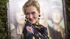 """FILE PHOTO --  Cast member Meryl Streep poses at the premiere of """"Suffragette"""" in Beverly Hills, California, October 20, 2015. The movie opens in the U.S. on October 23. REUTERS/Mario Anzuoni/File Photo - RTX2RR6V"""