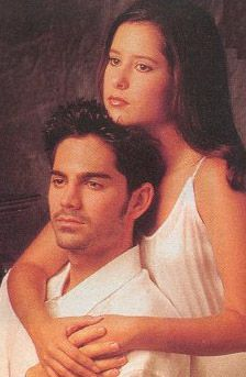 Robin and Stone, General Hospital This was a time in my life when I truly believed in young love. When Stone died, I was devastated! However, I was young too!  Loved them!