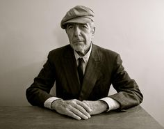 Leonard Cohen, 嬉皮士年代的诗人,至今还没死。