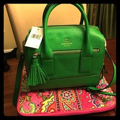 Kate Spade Alessa Satchel (Brand New) Kate Spade Alessa Satchel (Brand New): Measurements:5 x 10.5 x 9; Green - never carried - no scratches - perfect condition ---please don't low ball me. This is a brand new bag in the perfect condition. kate spade Bags Crossbody Bags