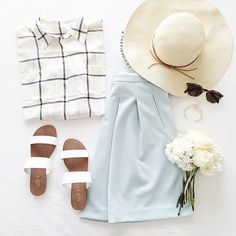 15 Chic and Simple Ways to Style Your Hat This Spring