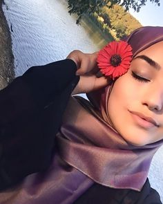 🌺 Hijab Style, Artsy Photos, Fake Photo, Mode Hijab, Good And Cheap, Hijab Outfit, Hijab Fashion, Islam, My Favorite Things