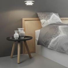 Beistelltisch für Lesesessel oder Wohnzimmer? Tablo Tisch von Normann Copenhagen bei ikarus...design