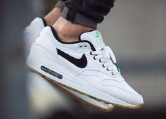 Nike ID Air Max 1 (by Maxi Röschlein ) – Sweetsoles – Sneakers,