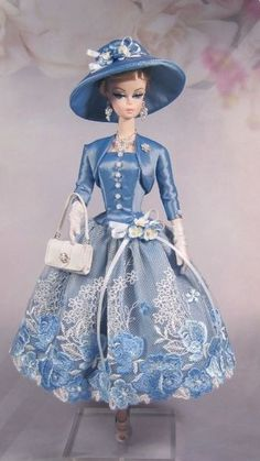 Barbie silkstone clothes ooak fashions for silkstone vintage barbie fashion royalty with – Artofit Vintage Barbie Clothes, Doll Clothes, Manequin, Barbie Dress, Barbie Outfits, Barbie Patterns, Barbie Friends, Barbie World, Clothing Patterns