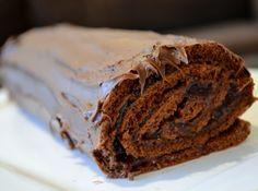 Rocambole de Chocolate bem recheado! #brasil #anonovo #2015 #reveillon #receitas #ceia #dezembro #comida #jantar #recipe #dinner #december #food #bolo #chocolate #dessert #sobremesa #natal #christmas #rocambole