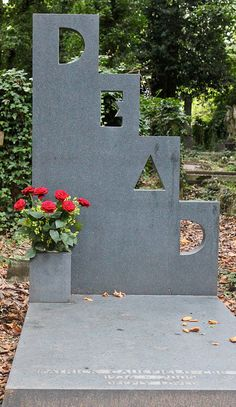 Indeed, Mr. Caulfield  ;-)    Highgate Cemetery, London #headstone #tombstone #gravestone