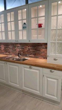 Kitchen Pantry Design, New Kitchen Cabinets, Modern Kitchen Design, Kitchen Layout, Home Decor Kitchen, Interior Design Kitchen, Kitchen Store, Kitchen Cabinet Doors, Cuisines Design
