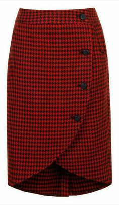 Loving this Alice's Pig Red & Black Houndstooth Wendy's Wrap Skirt on Casual Dress Outfits, Casual Skirts, Skirt Outfits, Dress Skirt, Trendy Fashion, Womens Fashion, Fashion Kids, Cute Skirts, African Fashion